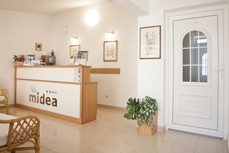 Villa Midea   Reception 002